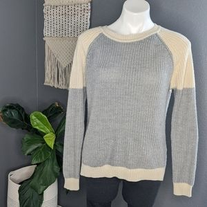 RD Style Grey and Cream Sweater